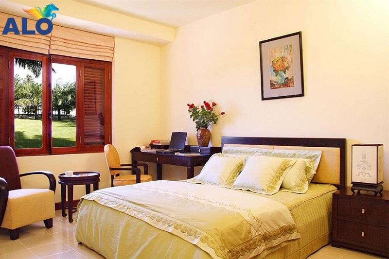 Màu vàng kem thích hợp cho không gian phòng ngủ