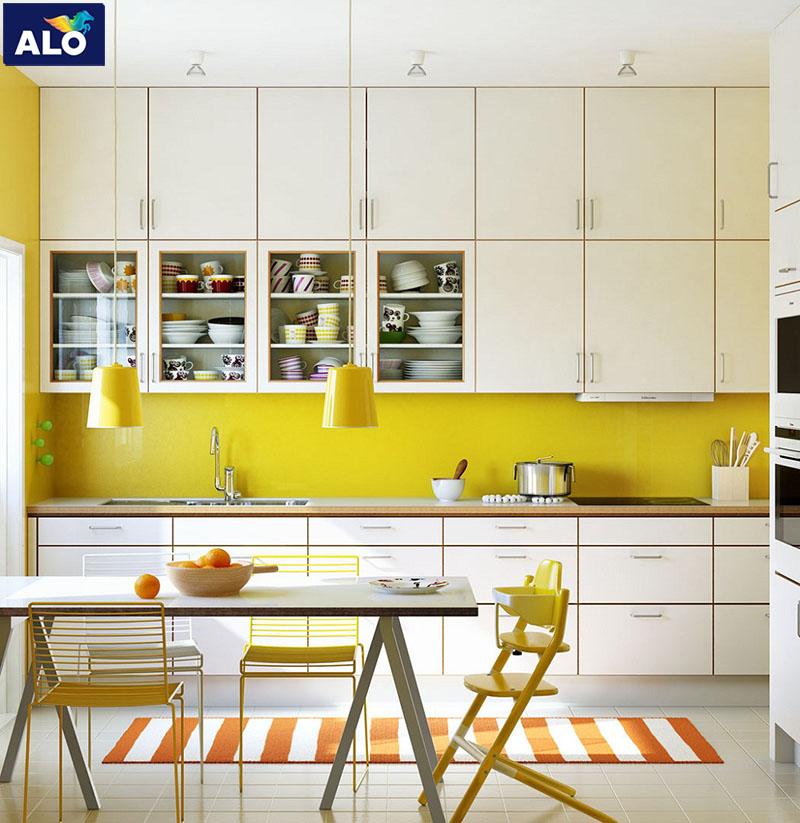 Gam màu ấm khá phù hợp với không gian phòng bếp