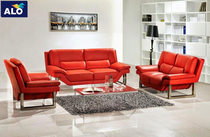 Lựa chọn các vật dụng màu đỏ tạo điểm nhấn cho căn phòng