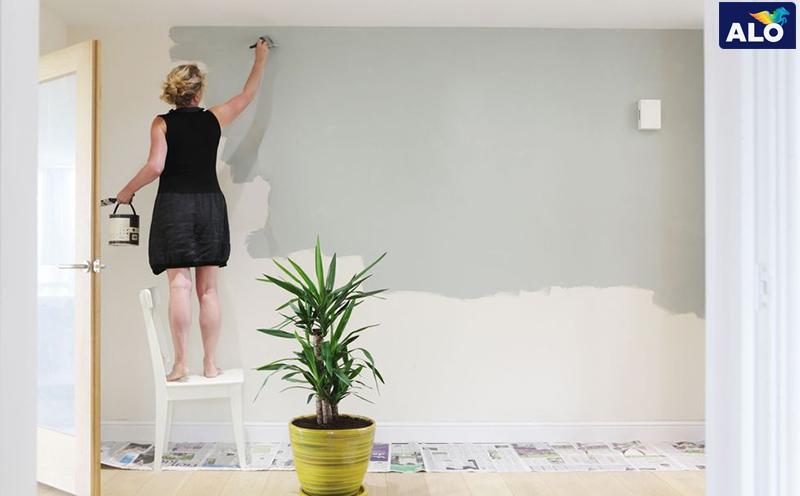 Thay đổi màu sơn cho tường nhà